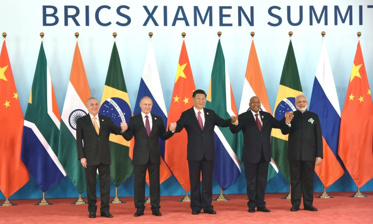 PIB BRICS Group Photo Sep 4 2017- l20170904112905