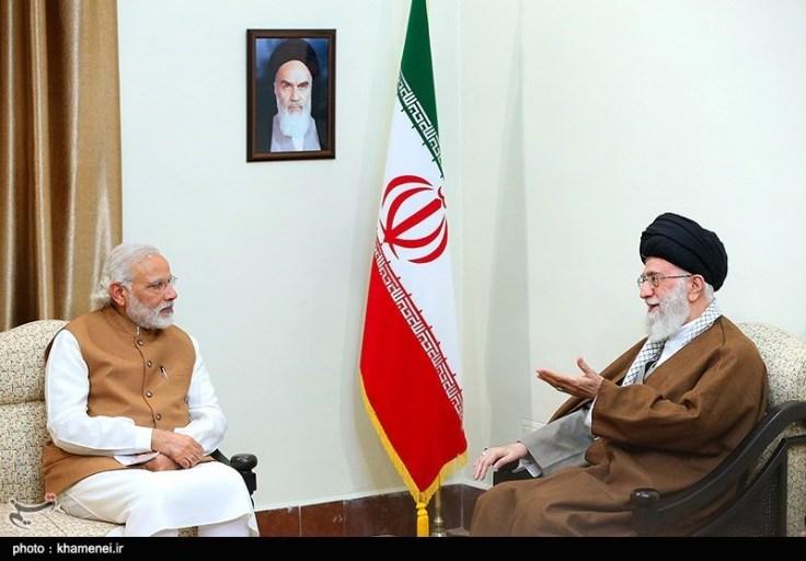 Prime_Minister_Narendra_Modi_meets_Ayatollah_Khamenei_(07)